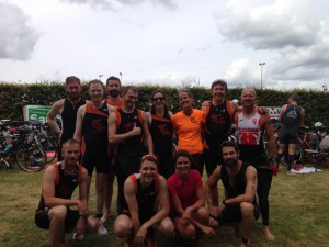 Photo de groupe au triathlon de la Ferté Bernard 2014
