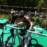Transition natation - vélo au triathlon de Versailles 2013