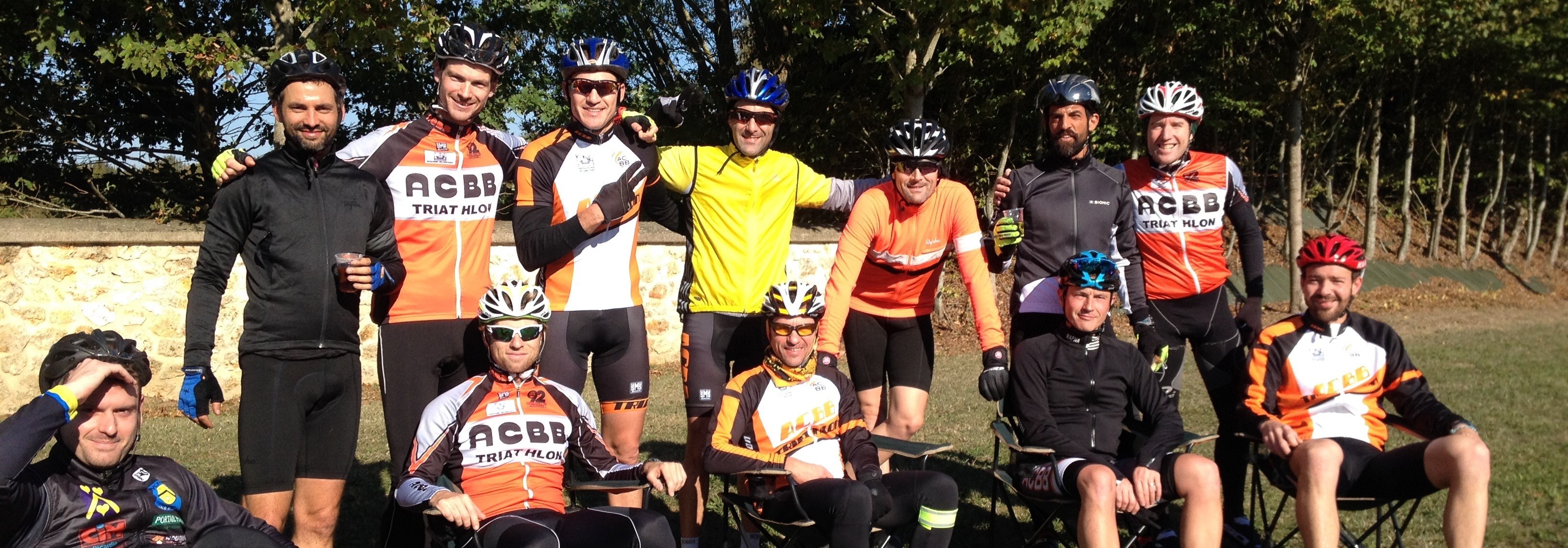 Groupe 1 au ravito de la cyclo Fernand Leroy